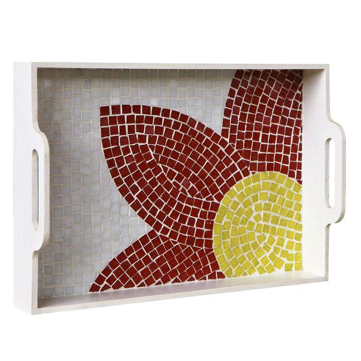 Bandeja Flor / Descrição: Mosaico feito com pastilha de vidro em peça de MDF.