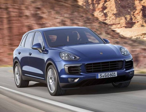 http://2016electriccars.com/2016-porsche-cayenne-hybrid-mpg-and-specs/ The 2016 Porsche Cayenne Hybrid is going to be an update of the current model, update which is going to bring a more powerful engine, new running gear options as well as an even more efficient power train.