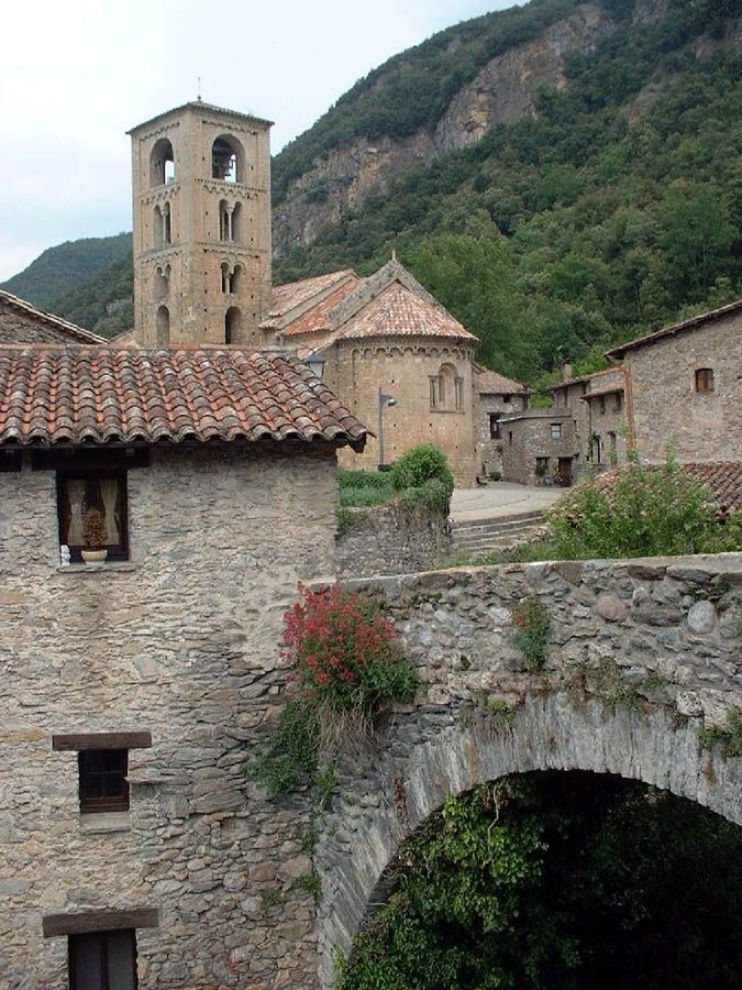 Beget - Pirineos - iglesia románica