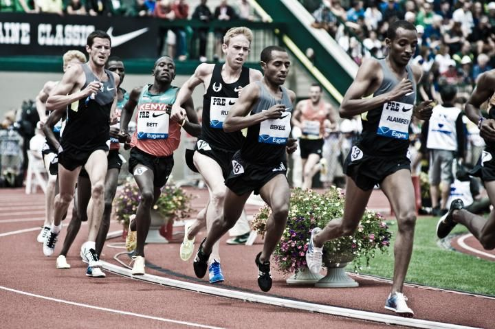 Kenenisa Bekele and Galen Rupp at the Prefontaine Classic. Rupp goes sub-13 for 5k!!!