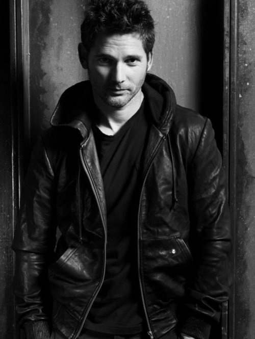 Eric Bana as Holden Maxwell The Gamble by Kristen Ashley