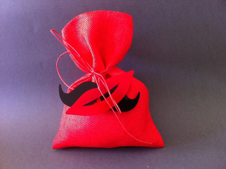 wedding Mponmpon plexiglass kiss & moustache for your wedding !