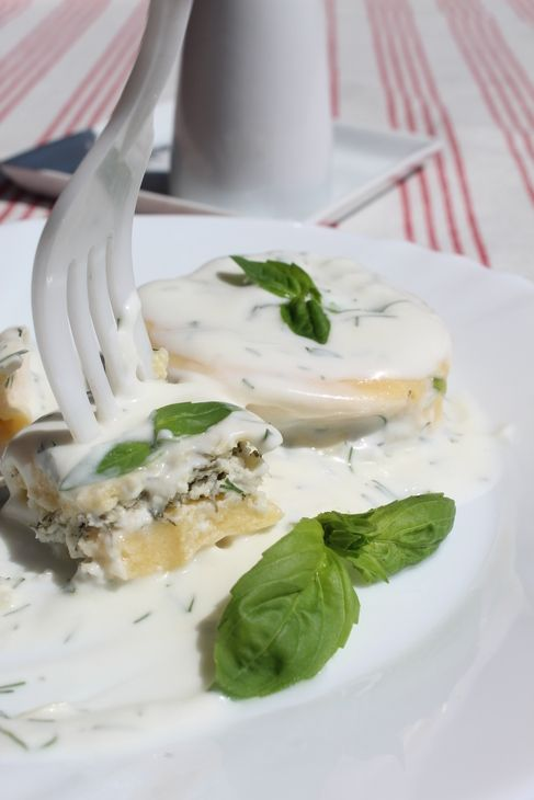 Равиоли с творогом и сыром за 2 минуты (вкусно,быстро,просто!). Рецепт c фото от allenka 15 мая 2015, 12:23, мы подскажем, как приготовить!