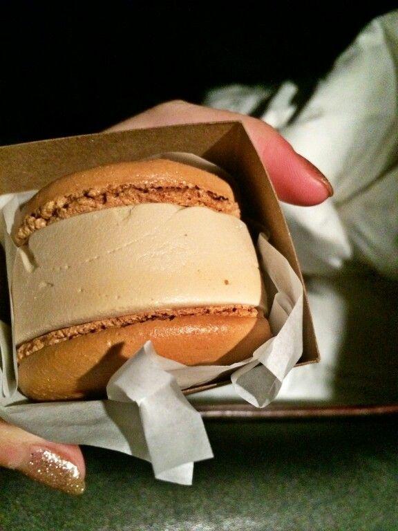 Choco ice cream macaron - Boiling Point, SEATTLE