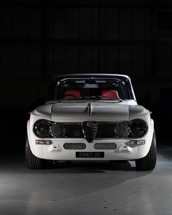 17 best images about old school imports on pinterest for Garage alfa romeo paris