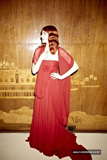 Florence Welch in Elie Saab