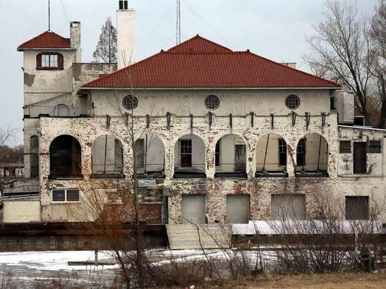 The abandoned Detroit Boat Club, owned by the City of Detroit, located at the entrance to Belle Isle.