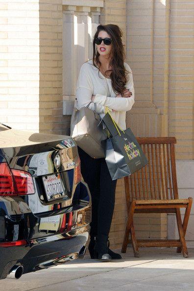Katherine Schwarzenegger goes shopping at Barney's of New York in Beverly Hills where she waited for valet.