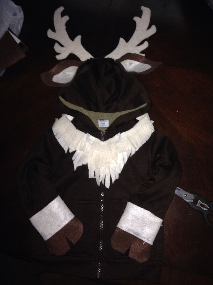"""Sven DIY costume: felt years and antlers, felt """"fur"""" neck collar, cufs with hoofs. All made from felt for $2"""