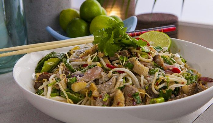 Green Curry Beef Noodles - Good Chef Bad Chef
