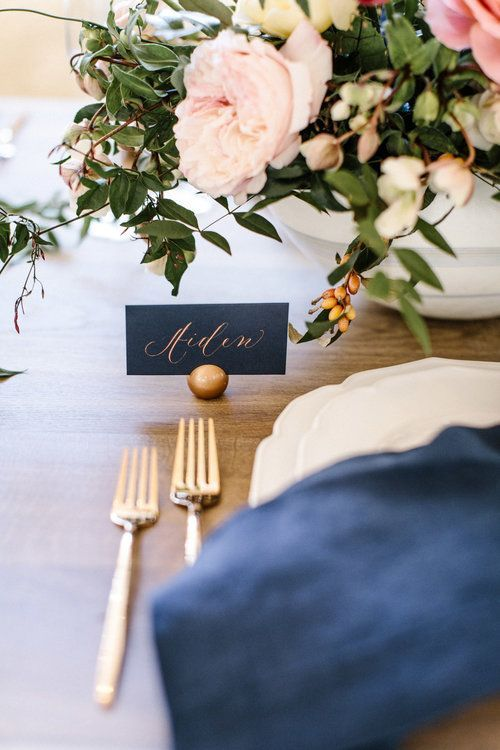 wedding decorations with burlap 25 best ideas about wedding place cards on 9167