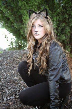 Black cat Halloween makeup