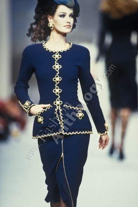 539 best images about chanel 1990s chanel1990 on for The history of haute couture