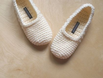Simple Crochet Slippers in Solid Colour