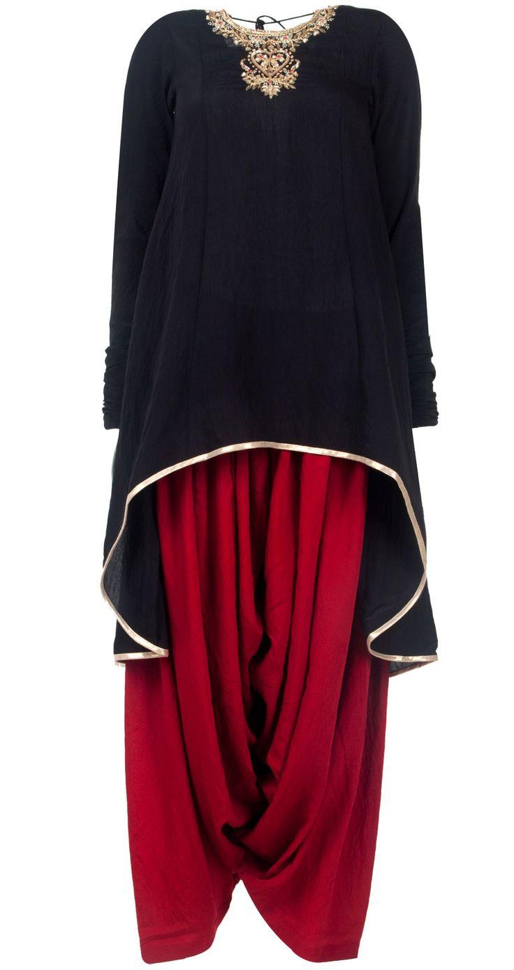 Black and red embroidered kurta set by PAYAL SINGHAL. Shop at http://www.perniaspopupshop.com/whats-new/payal-singhal-black-and-red-embroidered-kurta-set-pylc0813per01.html