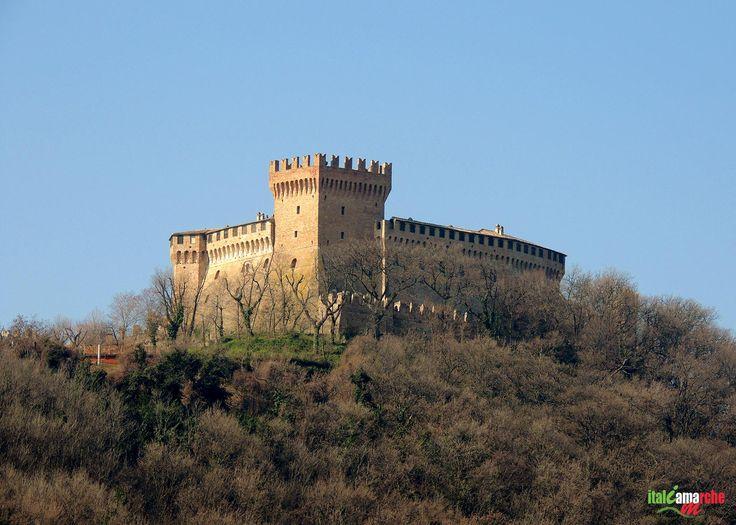 TOURISM in The Marches Region – ITALY - GRADARA - La Rocca di Gradara - © Copyright Photo Piero Evandri - www.italiamarche.com