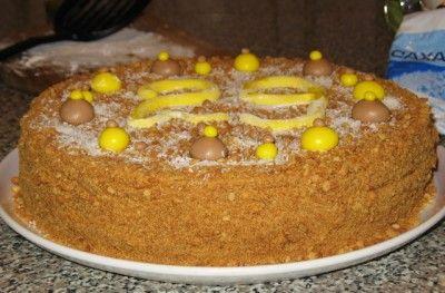 Торт «Медовый пух» с легким заварным кремом