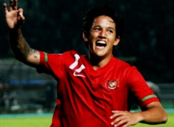 Great striker!!