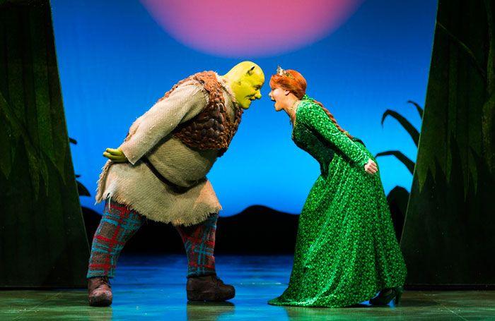 UK theatre breaks £1 billion barrier in 2014