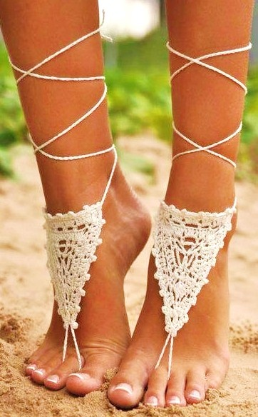 knit thong sandals, perfect for the beach