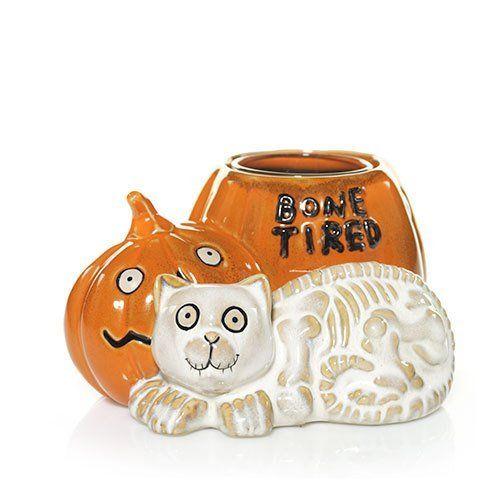 Bone Tired Cat and Pumpkin Halloween Yankee Candle Votive Holder