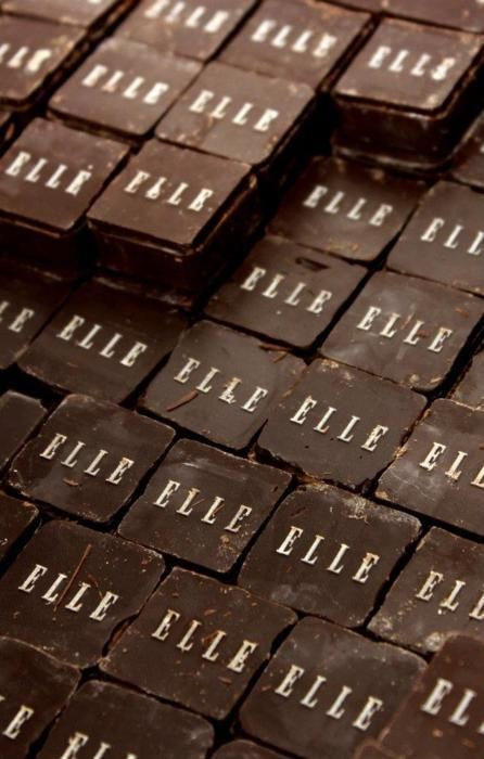 Elle chocolate