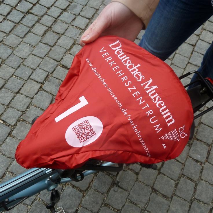 Fahrrad-QR-Code-Aktion des Deutschen Museums in München zum 10-jährigen Geburtstag des Verkehrszentrums auf der Theresienhöhe @deutschesmuseum #IMT13 #QR-Code #Museum