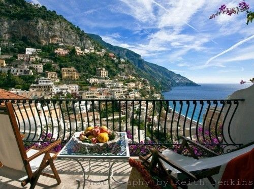 The best views of positano hotel poseidon romantic for Casa positano