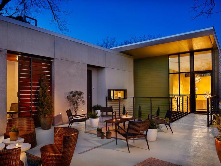 Beautiful mod hotel in Austin....