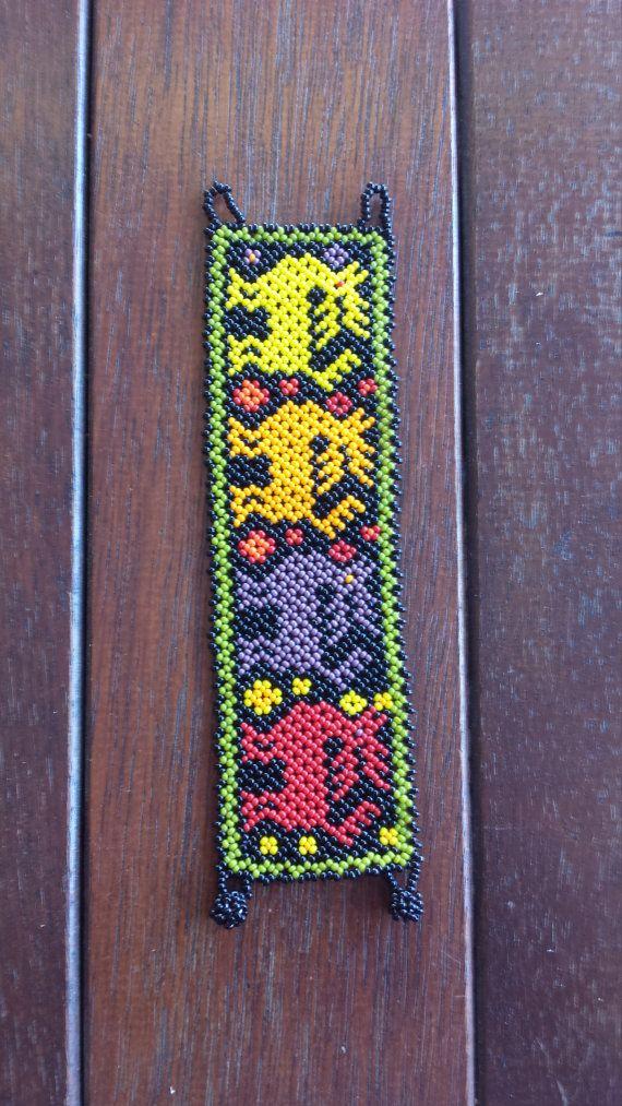 Pulsera colorida de venado Huichol