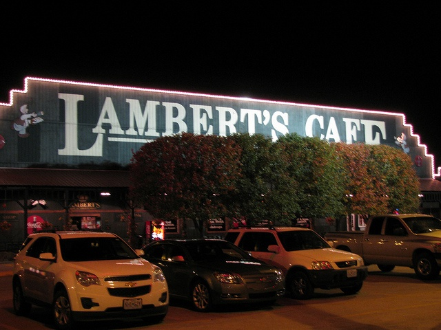 Springfield Missouri Lamberts Cafe....Love this place, we go there every time we visit my inlaws in IL.