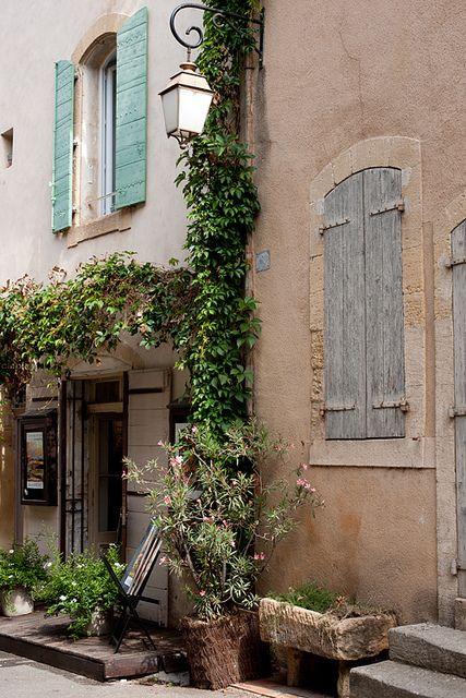 Lourmarin, Vaucluse, Luberon, Provence, France   Flickr - Photo Sharing!