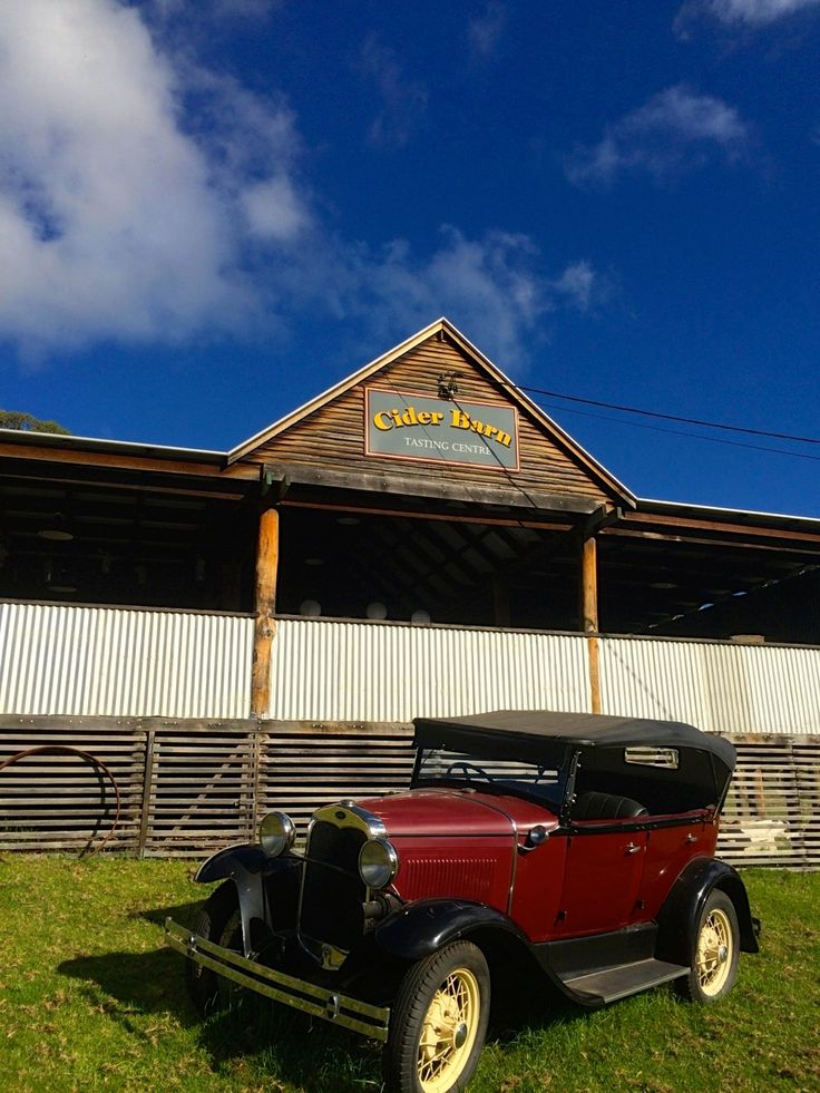 The Cider Barn #ivyandmoss #eventstyling #countrywedding #megalongvalley #megalongfarm #wedding #car #vintage #ciderbarn #venue