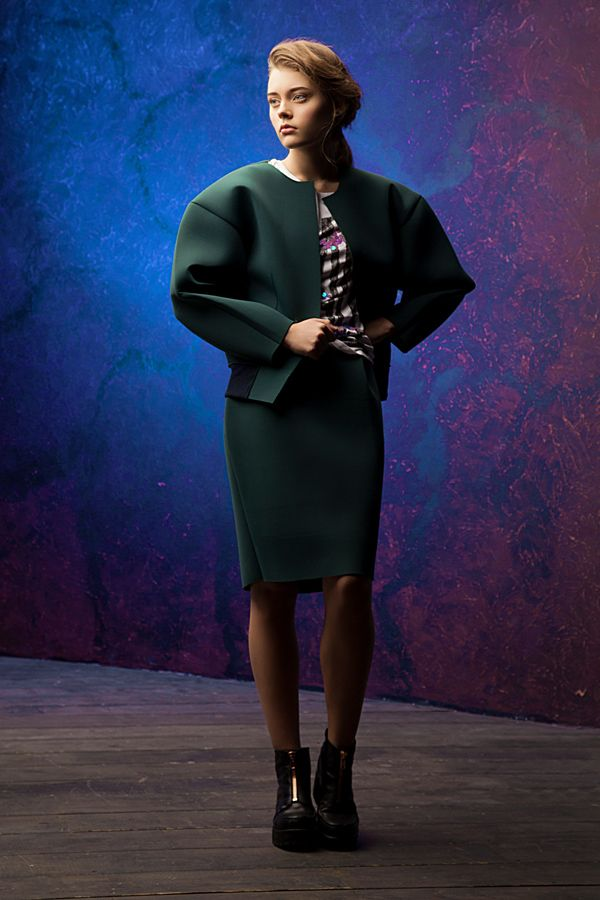 Lookbook fall-winter 2014-15. Neoprene skirt - 100$ #25twentyfive25 #lookbook #fashion #neoprene #skirt #jacket