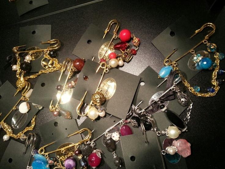 Gemstone brooches