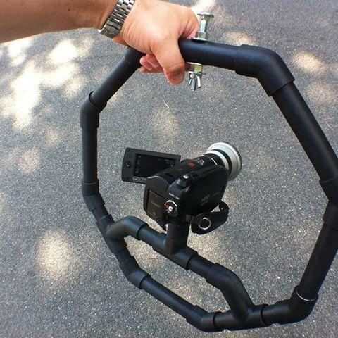 Suporte para câmera de video ou fotografica feito com cano de Pvc. . #cano…