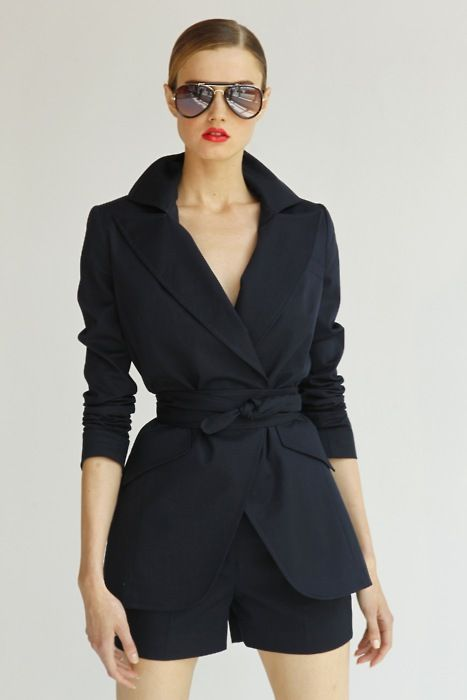 Love the jacket: Black Shorts, The Aviator, Hot Shorts Suits, Black Jackets Shorts, Great Outfits, Timeless Style, Wraps Coats, Classic Style, Classic Chic