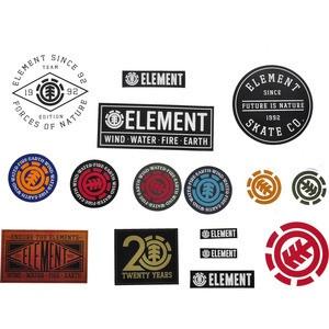 Fanii Element au acum un set de abtibilduri care ii ajuta sa isi personalizeze toate obiectele de zi cu zi. Placa ta de Skateboard va fi cu siguranta unica.