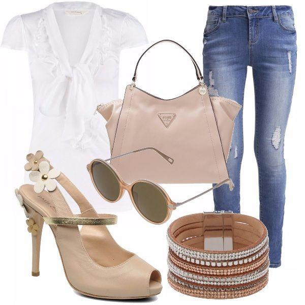 Outfit per essere perfette di giorno in ogni situazione: maglietta con rouches e fiocco bianco, jeans strappati e accessori neutri ma particolari: meravigliose scarpe con fiori, borsa beige, occhiali da sole in tinta e braccialetto per dare un tocco di luce all'outfit.