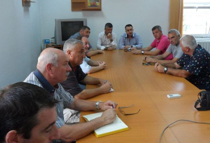 Începând de astăzi, Clubul Sportiv Municipal Ploieşti îşi suspendă activitatea, atât în ceea ce priveşte antrenamentele tuturor secţiilor, cât şi competiţiil...