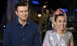 Miley Cyrus estrela comercial da estreia da nova temporada do Saturday Night Live #Cantora, #Cyrus, #Miley, #MileyCyrus, #Musical, #Programa, #Série, #True, #Vídeo http://popzone.tv/miley-cyrus-estrela-comercial-da-estreia-da-nova-temporada-do-saturday-night-live/
