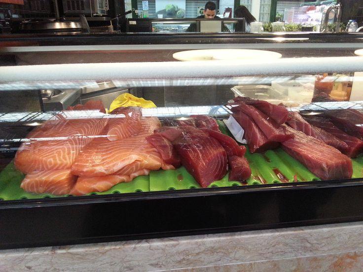 Sushi bar @ Mercado da Ribeira