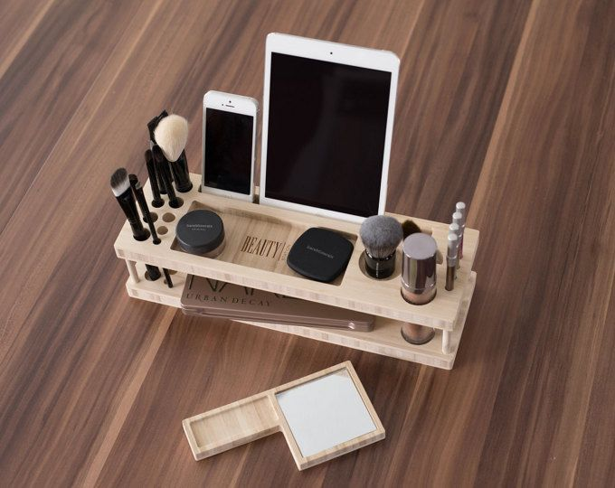 + Taylor Beauty Station ist Ihr tägliches Make-up-Organizer und Display. + Geni…