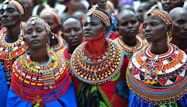 Colors reflect important concepts and elements in Maasai culture. Each color symbolizes a meaning such as: red: bravery and strength, blue: sky, green: the land and health and orange: hospitality.    Google Image Result for http://4.bp.blogspot.com/--1ReMtTJZqE/T1kD7yrw4XI/AAAAAAAAAAM/PDMPBoQxwpc/s1600/1312433118393_4.jpg