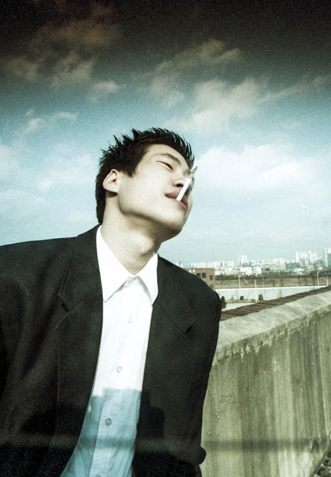 Action Die Bad, 2000, Korean Movie, Director Seung-Wan Ryoo, Actor Seung-Bum Ryoo  류승범님은 원래부터 멋있었습니다. 태어날때부터 그랬나봐요.