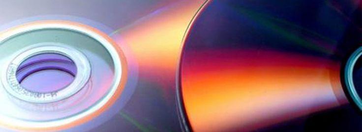 CD' ler hayatımızın her alanında bizim kurtarıcımız olmuştur özellikle de büyük çaplı kurumsal bir firmaysanız o zaman işinize de çok yarayacaktır. Çünkü CD' ler aynı zamanda yaptığınız işin binlerce insana aynı şekilde ulaşmasını sağlayacaktır. Bir başka anlamda bakarsanız CD çoğaltma üzerindeki baskılar sizin aynı zamanda markalaşma süreciniz de iyi bir yöntem olacaktır.