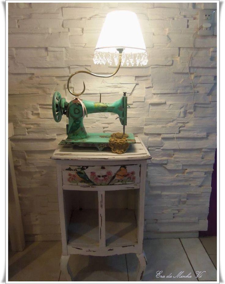 26 best vecchie macchine da cucire images on pinterest old sewing machines sewing machine - Tavoli per macchine da cucire ...