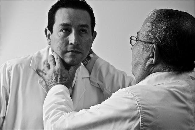 Cáncer de tiroides: síntomas y tratamiento