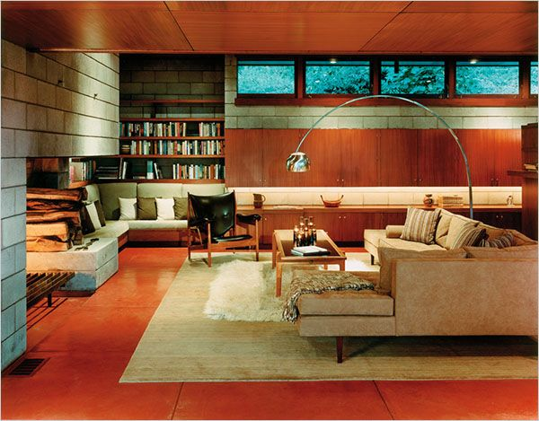 The Living Room Of Luis And Ethel Mardenu0027s Home, Designed By Frank Lloyd  Wright,