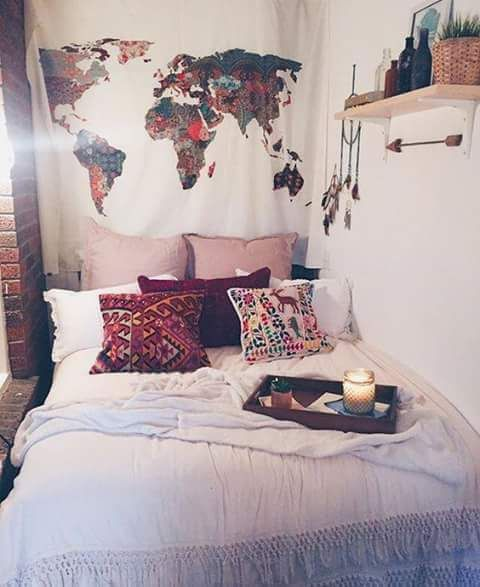 Girl bed room map world red white pink plants